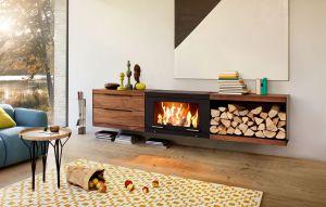 Skantherm Balance - závěsná krbová kamna, nábytek americký ořech
