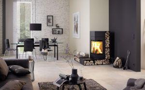 Skantherm Elements - rohová krbová kamna s integrovaným zásobníkem na dřevo, minimalistická sestava