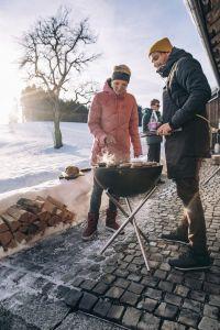 Přenosné ohniště s grilem Höfats Bowl s trojnožkou