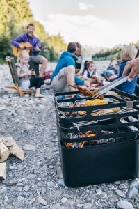 Hoefats Cube Corten - zahradní gril a ohniště