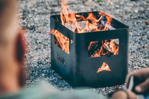 Höfats Beerbox - gril a ohniště v kastlu