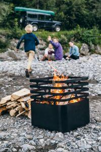 ohniště s roštem Höfats Cube Black
