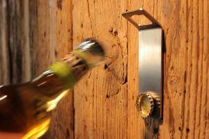 Hoefats Johnny Catch - magnetický otvírák na lahve
