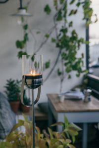 svícny dekorace Höfats Gravity Candle M60