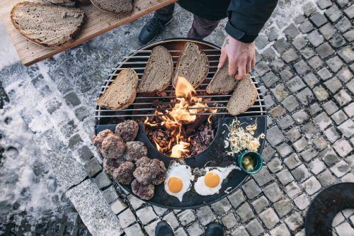 Zahradní ohniště s grilem - Höfats Bowl - s plotnou Plancha a grilovacím roštem